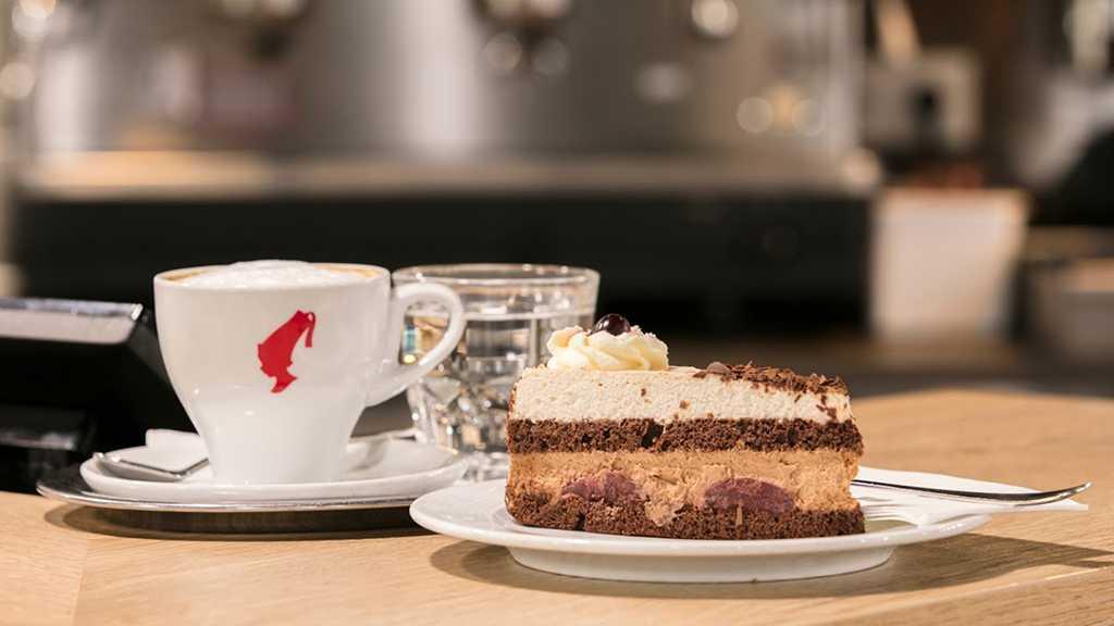 2-Cafeplus-Kaufpark-Alterlaa